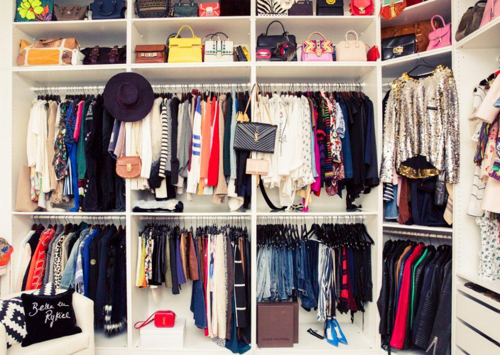 i trucchi per organizzare al meglio l'armadio